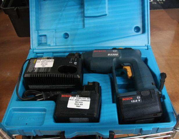 Bosch B2300 Drill set