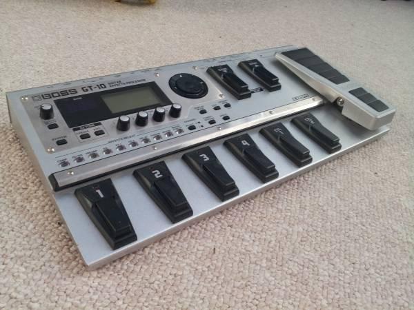 Boss Gt-10 Guitar Effects Processor - $300