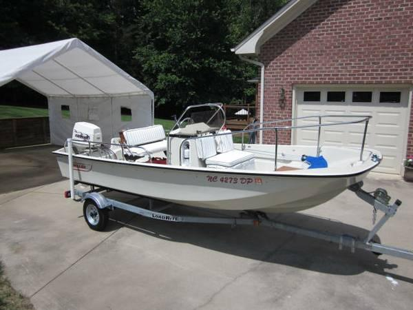 Boston Whaler 17' Montauk - $14995