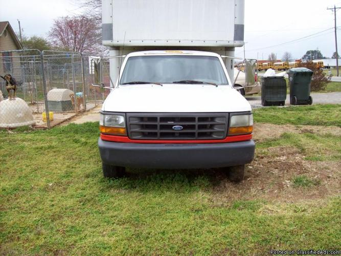 box truck for sale for sale in toney alabama classified. Black Bedroom Furniture Sets. Home Design Ideas