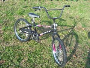 BOY'S 20 inch HUFFY CYCLONE BMX BICYCLE - (HICKORY) for ...