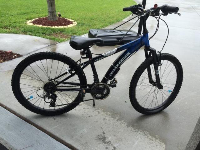 Boys Diamondback Cobra 24 inch Mountain Bike