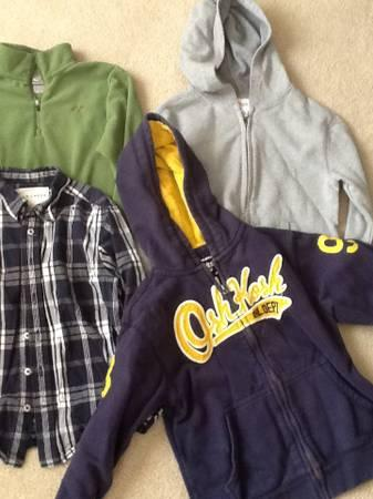 Boys size 5-7 sweatshirts / hoodies/ jacket - $15