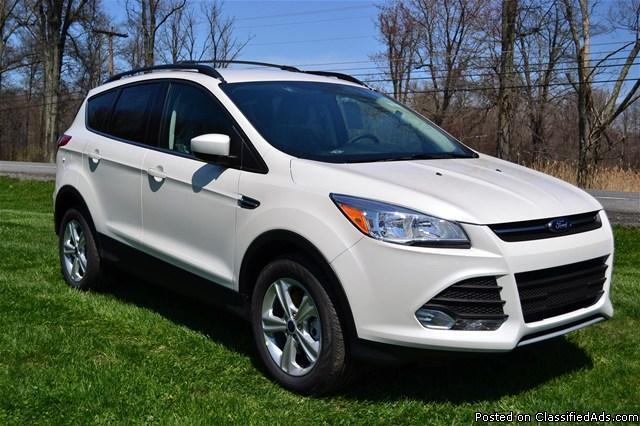 BRAND NEW 2013 Ford Escape 'SE' 4WD!! (RHINEBECK)