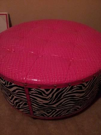 Brand New Hot Pink And Zebra Print Large Ottoman For