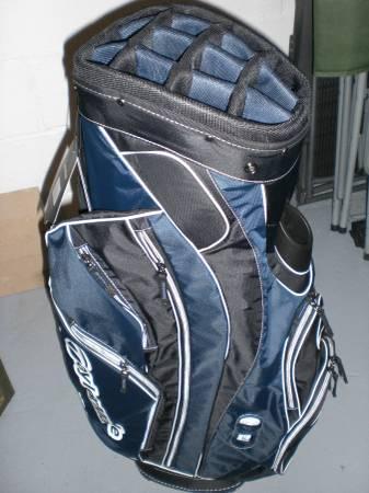 Brand New Taylor Made Golf Bag - $100