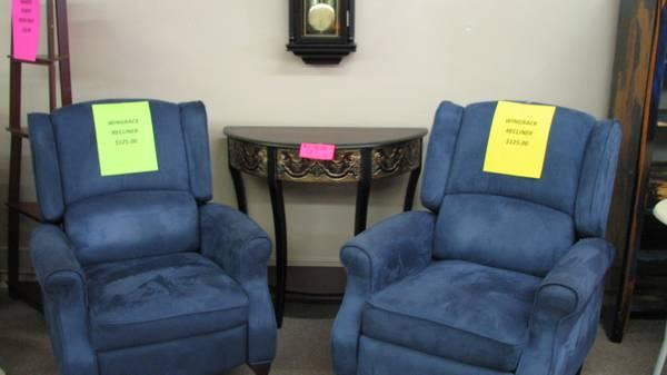 Brand New Wingback Recliners For Sale In Eldon