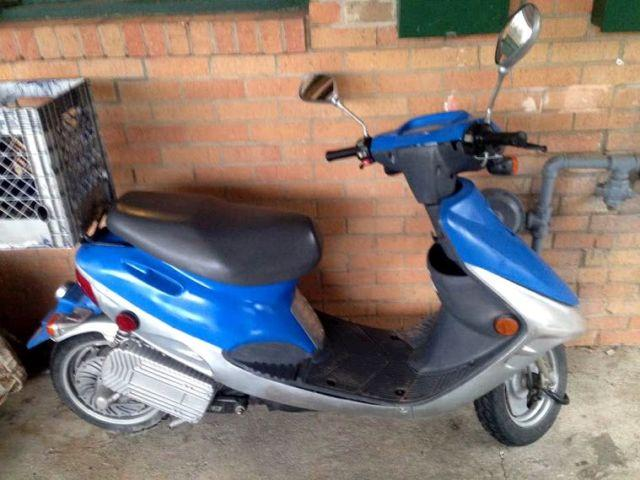Bravo EVT 4000e Electric Moped Electric Scooter - New