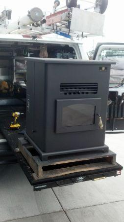 Breckwell Big E Pellet Stove - Factory Refurbished for sale in Albany