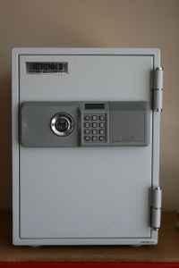 Brinks home security safe model 5054 manual