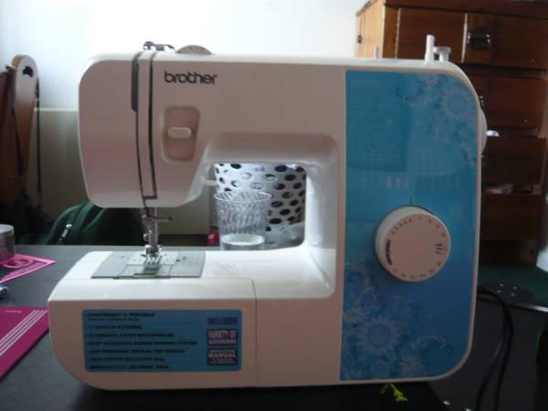Brother Xl40 Sewing Machine Classifieds Buy Sell Brother Xl Extraordinary Brother 35th Anniversary Sewing Machine