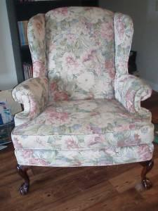 Broyhill Clawfoot Wingback Chairs   $200 (Cookeville)