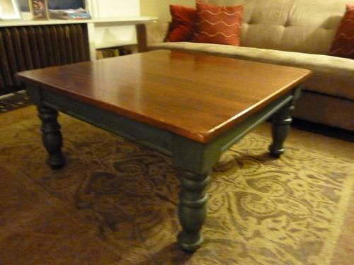 Broyhill Coffe Sofa And End Table Set For Sale In Radnor Pennsylvania Classified