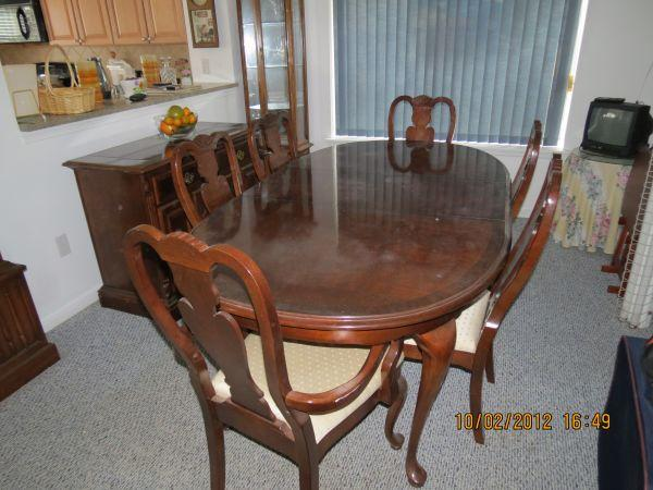 Broyhill Dining Room Set West End Gaskins Rd For Sale In Richmond Virginia Classified Americanlisted Com