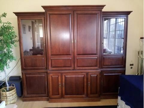 Broyhill Entertainment Center Five Classifieds   Buy U0026 Sell Broyhill  Entertainment Center Five Across The USA   AmericanListed