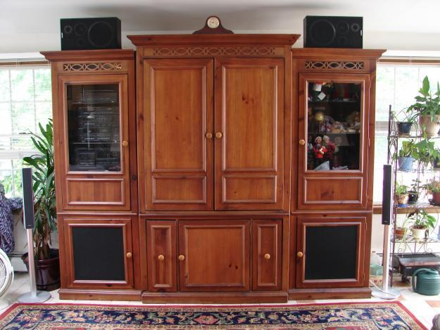 Broyhill Home Theater Massive Entertainment Center For