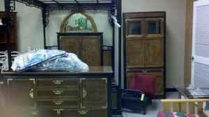 Broyhill ming dynasty queen bedroom set hickory nc for for Broyhill american era bedroom furniture