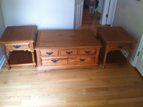 Broyhill Oak Furniture End Table And Coffee Table For Sale In