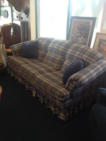 Excellent Broyhill Plaid Couch For Sale In Albion New Jersey Gamerscity Chair Design For Home Gamerscityorg