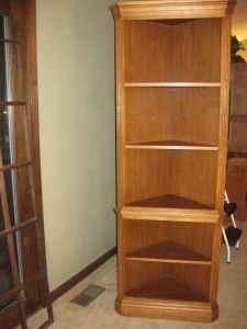 Broyhill Solid Oak Corner Shelf Peoria Il For Sale In
