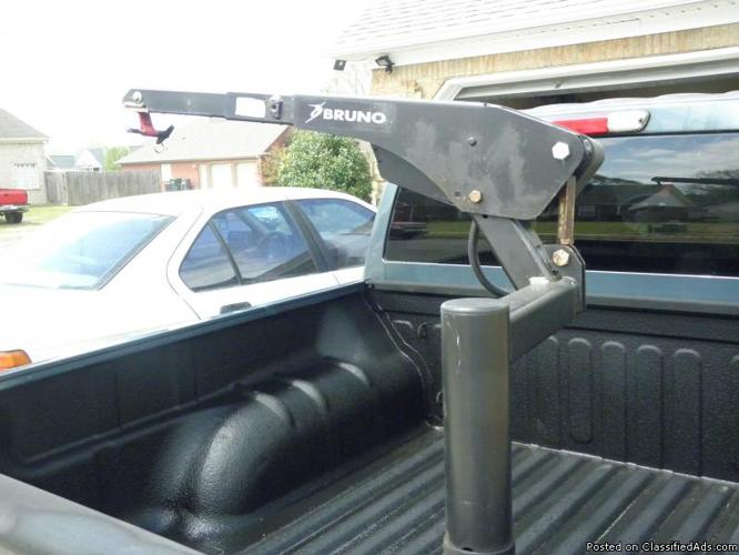 Bruno Curbside VSL 6000 Chair Lift for Trucks and Vans