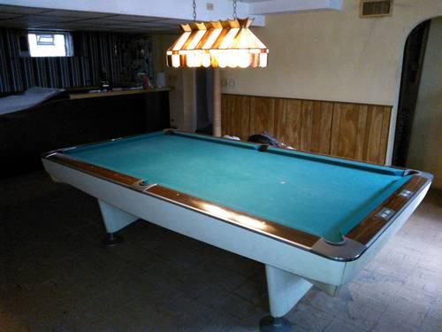 Brunswick Gold Crown 9u0027 Pool Table With Ping Pong Table