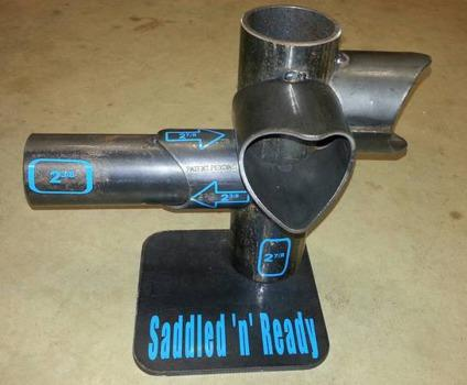 Building pipe fence made easier - no cutting saddles