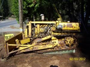 Bulldozer, angle, caterpillar D2 5U - (murphys) for Sale in Merced