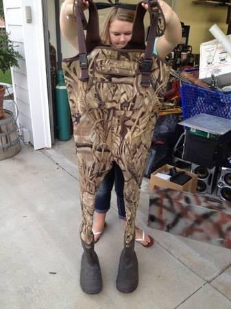 Cabelas supermag 1600 chest waders size 11 for sale in for Cabelas fishing waders