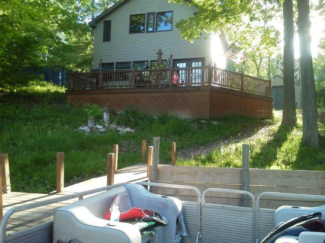 Cabin on Wixom Lake (Beaverton, MI)