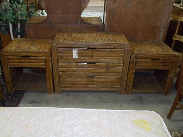 Cabin Style 3 Piece Bedroom Set For Sale In Greenwich Pennsylvania