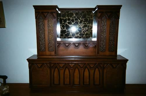 CABINET W CREDENZA LIQUOR LIVING ROOM PIECE For Sale In Greystone Park New Jersey