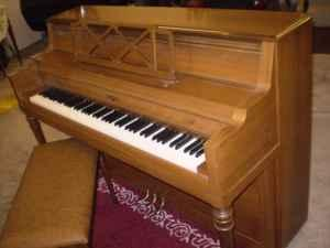 Cable Nelson console piano, includes tuning & delivery