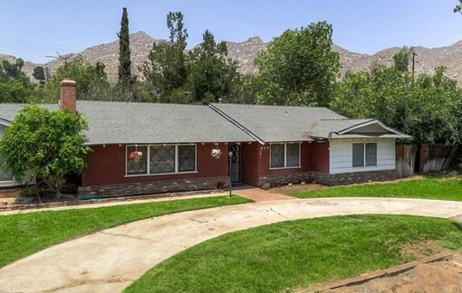 California ranch style single story home come make it for Build your own house california