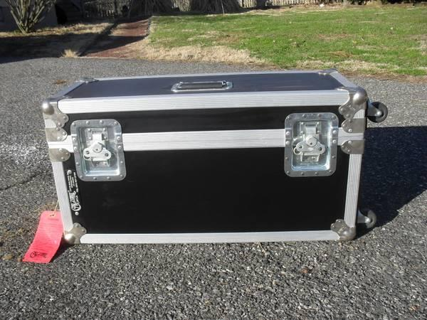 Calzone Flight Case wCasters - Like New Condition - $90