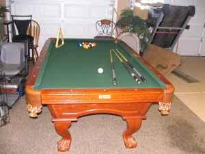 Charming Camelot Pool Table   Barely Used   $400 (Prescott