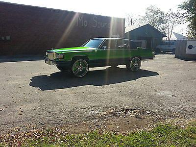 candy green cadillac on 26 inch dub floaters with 6 memphis 10s for sale in jackson tennessee. Black Bedroom Furniture Sets. Home Design Ideas