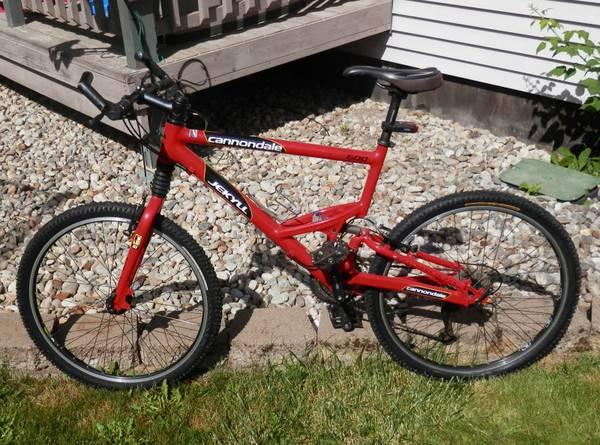 Cannondale 600 Jekyll Mountain Bike Full Suspension Fox For