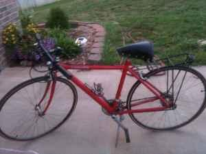 Cannondale Road Bike ST400 - $150 (SW Springfield)