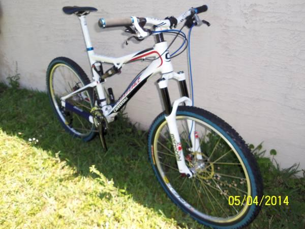 CANNONDALE RZ 120 MOUNTAIN BIKE - $900