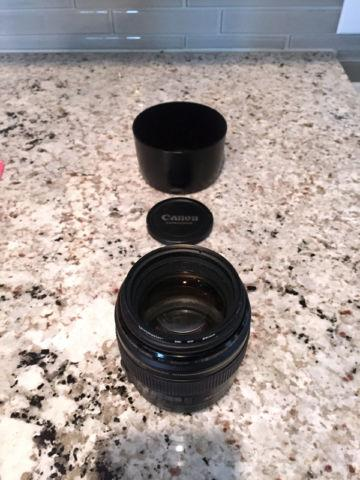 Canon EF 85mm f/1.8 USM Lens with Hood and UV Filter