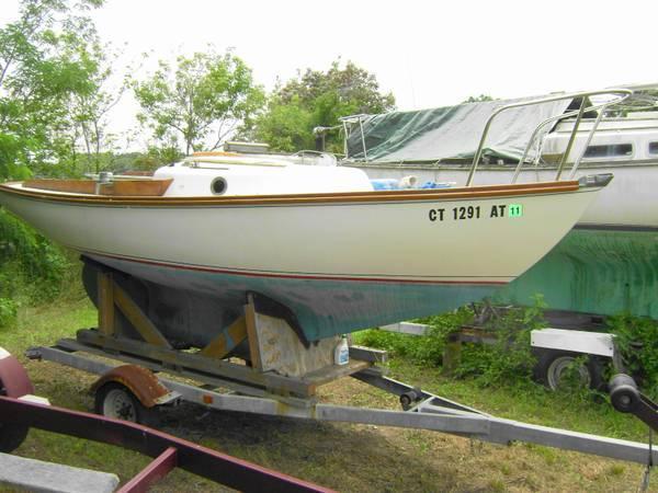 Cape Dory Typhoon 1974 & trailer - $6300
