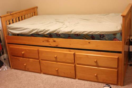 captains twin bed with trundle 2 mattresses for sale in springfield missouri classified. Black Bedroom Furniture Sets. Home Design Ideas