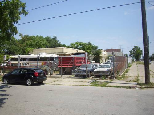 car lot building with 2 corner lots for sale in toledo ohio classified. Black Bedroom Furniture Sets. Home Design Ideas