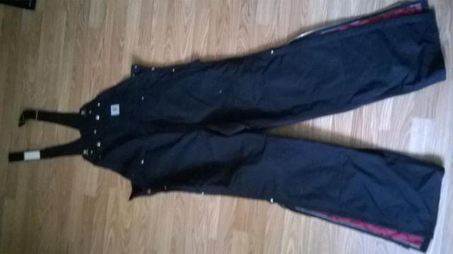 Carhartt black insulated overalls..BRAND NEW
