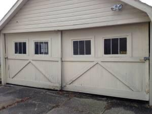Carriage style garage doors rochester ny 14607 for for Carriage style garage doors for sale