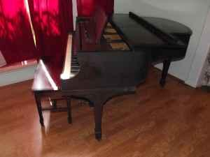 carter and sons antique baby grand piano - $2700 league city