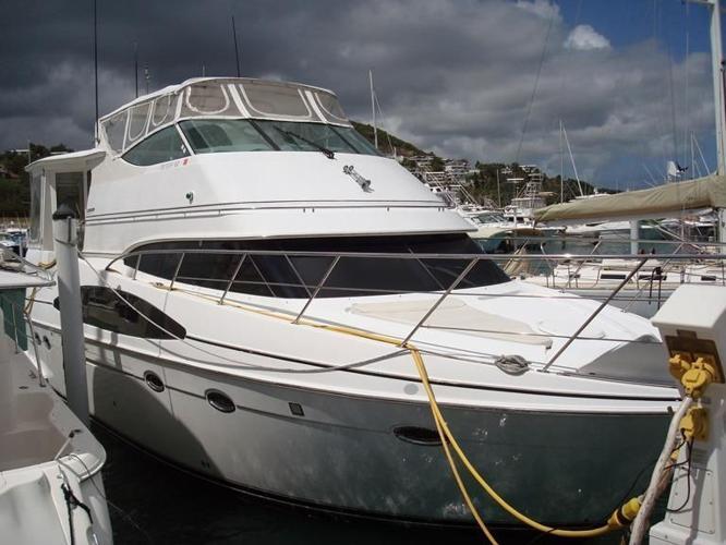Carver 466 motor yacht for sale in dania florida for Motor yachts for sale in florida