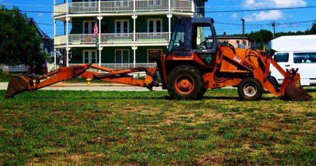 CASE 680H CK BACKHOE/LOADER $9500 OR BEST OFFER - $9500