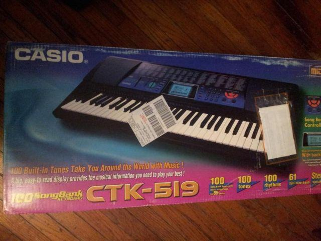 Casio 61 Key Keyboard CTK-519 with box and Instruction